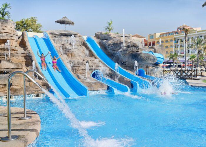 Mediterrâneo Bay Hotel & Resort 4*